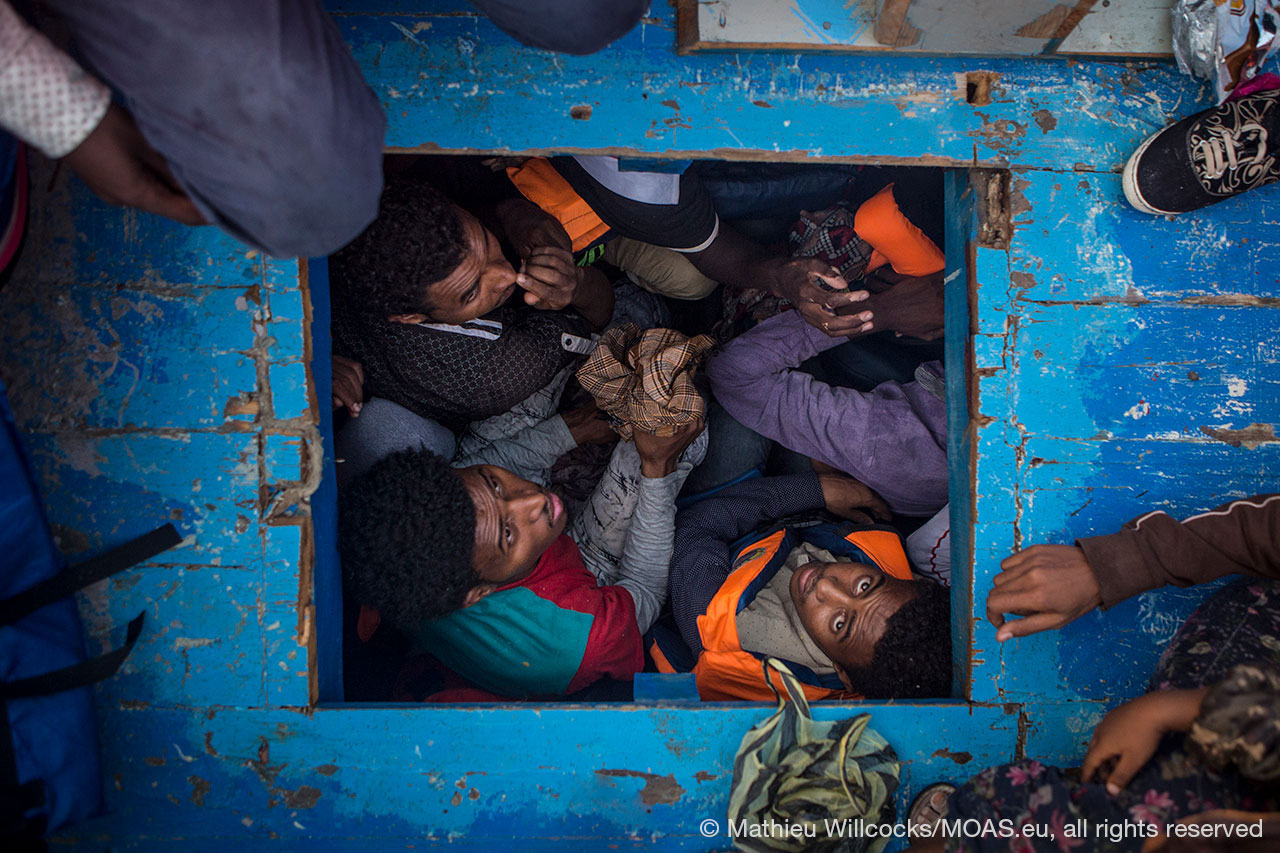 migrants-cramped-inside-boat-being-rescued-in-Central-Mediterranean-copyright-Mathieu-Willcocks_MOAS-2016-0662