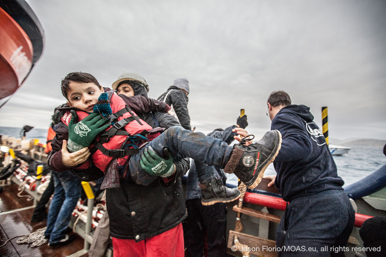 young-boy-being-rescued-in-Aegean-Sea-copyright-Jason-Florio_MOAS-2016-4088