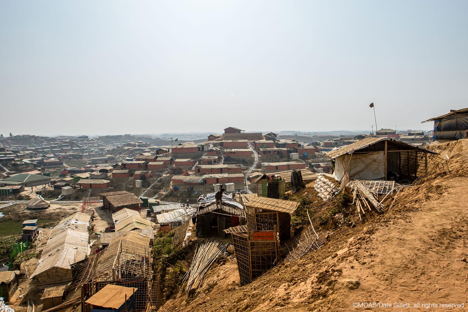 kutupalong-refugee-camp-bangladesh-09152_copyright_MOAS_Dale-Gillett