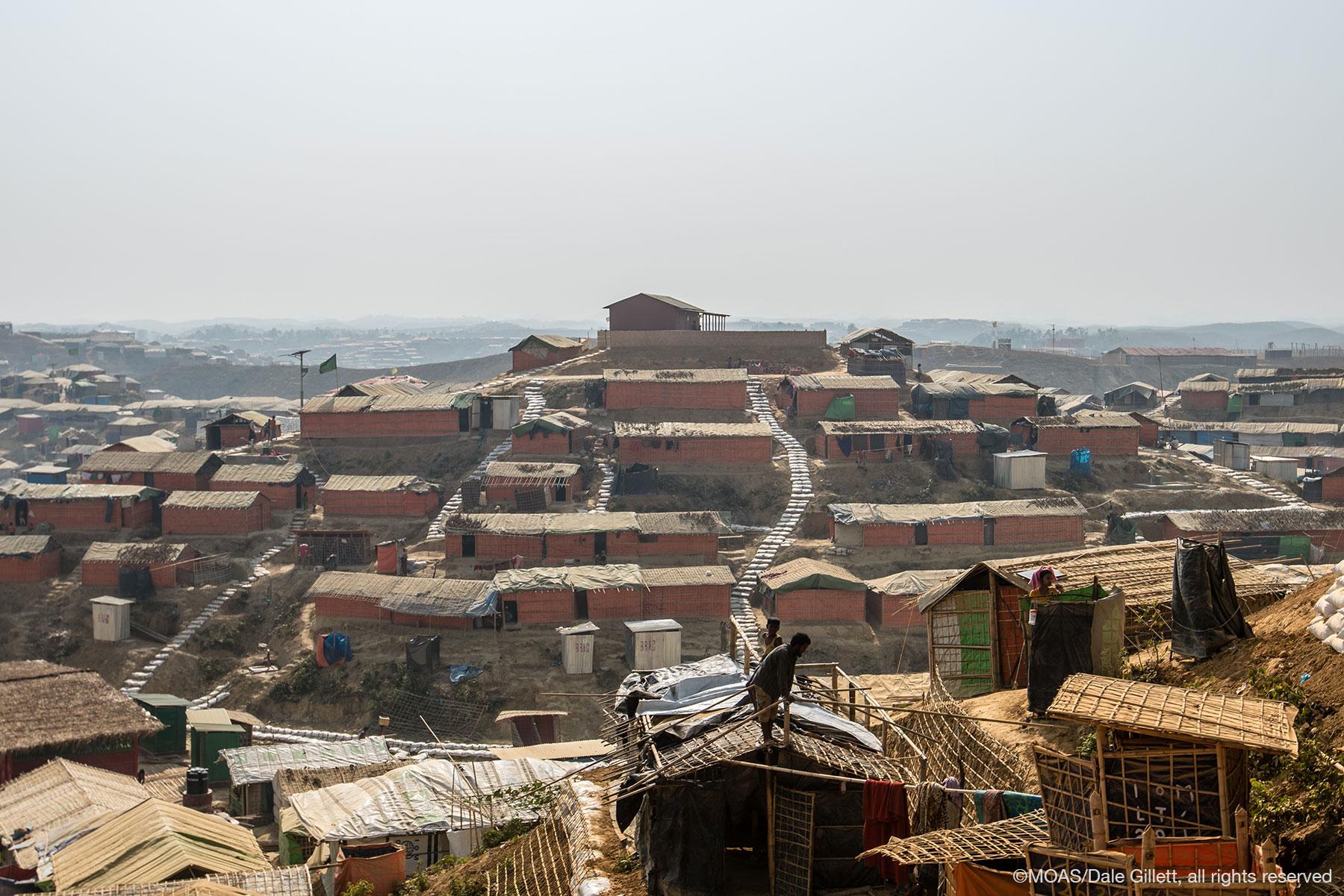 kutupalong-refugee-camp-bangladesh-09151_copyright_MOAS_Dale-Gillett (1)